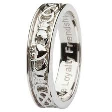 claddagh wedding ring men s sterling silver claddagh wedding ring sm sd9