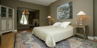 gites ou chambres d hotes gîtes meublés chambres d hôtes quelle formule choisir les