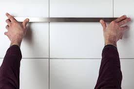 Tringle Sans Percer by Installer Une Barre De Cuisine Au Mur Avec Youjustdo