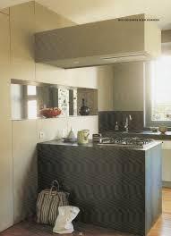 plafond suspendu cuisine etagere suspendue au plafond meuble suspendu cuisine plafond
