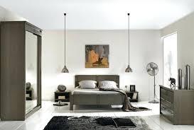 chambre grise et taupe entrant chambre grise et taupe vue barri res d escalier at deco
