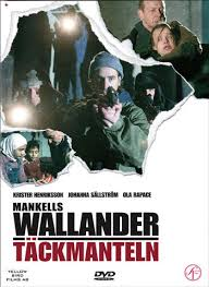 Wallander - Täckmanteln (2006)