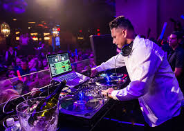 Vanity Night Club Las Vegas Dj Pauly D At Vanity Nightclub For Nye 09 U2013 Travelivery