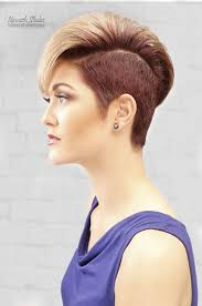 short haircuts when hair grows low on neck 43 perfect short hairstyles for fine hair 2018 trends