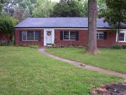 Rancher Style Homes by The Typical Red Brick Ranch Everyone Knows That Ranch Style