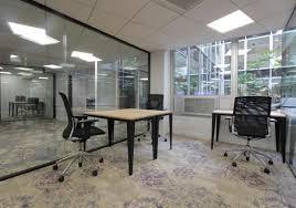 affaires de bureau bureau 3 personnes coworking ecosystème centre d affaires bureaux