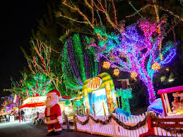 enchanted forest christmas lights santa s enchanted forest in miami fl is the world s largest holiday