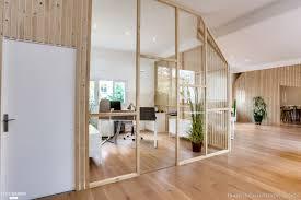 sol bureau des bureaux réaménagés du sol au plafond transition interior design