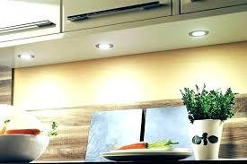spots led cuisine spot led encastrable plafond cuisine comment bien positionner ses