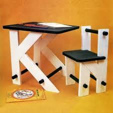 le de bureau pour enfant construire un bureau d enfant en bois