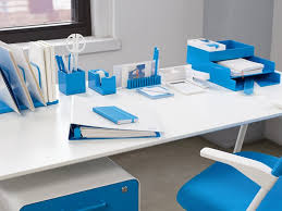 chris burch s office products e tailer poppin raises another 17 Desk Supplies For Office