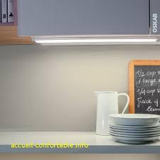 cuisine mouvement eclairage led cuisine fresh réglette de cuisine eclairage led rhea