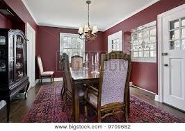 maroon walls doesn u0027t look too dark with all the windows and the