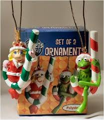 the muppets hanging ornament set miss piggy and kermit