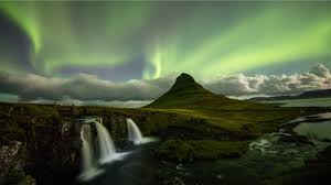 Solar Activity Northern Lights by Solar Storm Pushes Northern Lights Further South Youtube