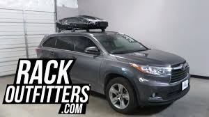box car toyota toyota highlander with thule motion xt roof top cargo box in gloss