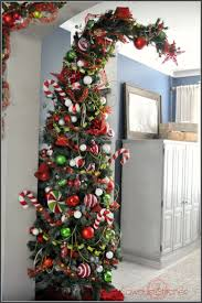 How To Trim A Real Christmas Tree - best 25 grinch christmas tree ideas on pinterest grinch