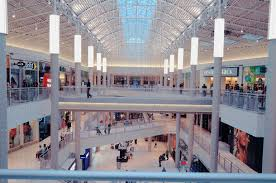 only 3 stores will open at the mall of america on thanksgiving