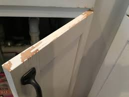 fixer kitchen cabinets repair chipped paint on kitchen cabinets