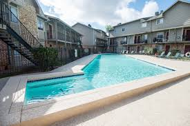 Home Trends Design Austin Tx 78744 Riverside Austin Apartments And Houses For Rent Near Riverside