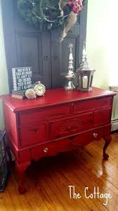 Barn Red Kitchen Cabinets by Best 20 Red Distressed Furniture Ideas On Pinterest Distressed