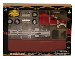 kenworth accessories store amazon com new ray toys 1 43 kenworth truck model kit toys u0026 games
