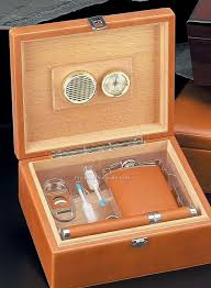 leather humidor with flask cigar cutter 5 set