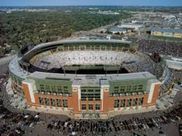 Wisconsin travel wallpaper images Brett favre images lambeau stadium field green bay wisconsin jpg