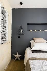 couleur dans une chambre cuisine couleur chambre bleu gris chaios mur coucher deco bois noir