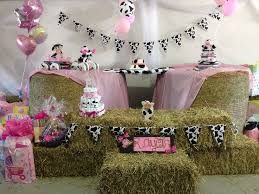 Farm Theme Baby Shower Decorations Best 25 Cow Baby Showers Ideas On Pinterest Babyshower Themes