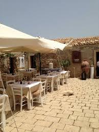 osteria il cortile marzamemi sapori di sicilia al cortile arabo osteria di mare