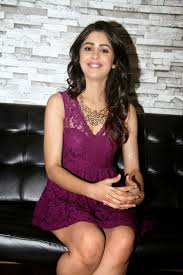 gunjan malhotra super legs show in a purple short dress at
