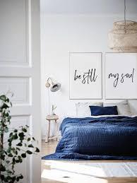 chambre adulte déco minimaliste pour la chambre adulte 40 façons d adopter le