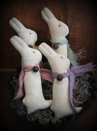 Easter Decorations Etsy by 133 Best Primitive Easter And Bunnies Images On Pinterest Easter