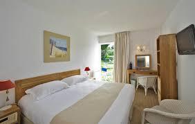 hotel de charme avec dans la chambre chambre cosy rez de jardin chambres hotel noirmoutier hotel