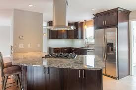 marron cuisine cuisine beige et marron cuisine meuble de cuisine noir avec chic