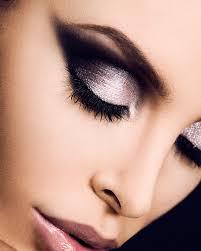完美底妆打造技巧 教你打造通透妆容