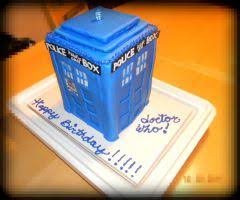 doctor who cake by onivengeance on deviantart