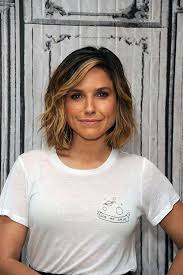short hairstyles for 2015 for women with large foreheads best 25 medium short haircuts ideas on pinterest shirt bob