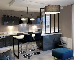 suspension bar cuisine réalisation cuisine ouverte avec verrière et suspension métal