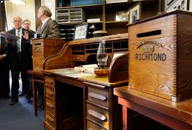 Presidential Desks Concord Nh New Hampshire Shows Off Desk Of Man Who Proposed Primary