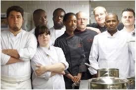 brigade de cuisine la chef rougui dia le chef pâtissier darcel et leur brigade