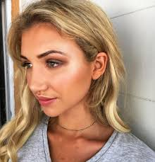 beach makeup for oily skin
