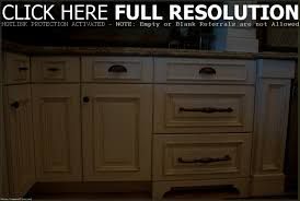 Kitchen Cabinet Knobs by Kitchen Cabinet Hardware Ideas Pulls Or Knobs Modern Cabinets