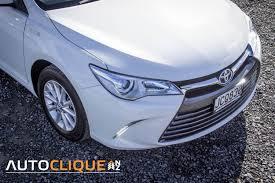 toyota camry hybrid gl u2013 road tested u2013 it u0027s a nice day for a white