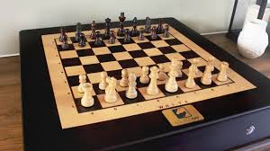New York Travel Chess Set images Square off world 39 s smartest chess board by infivention 0&