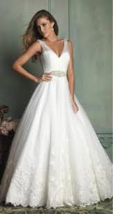 wedding dress necklace tips to find the best jewelry for your wedding dress terry costa