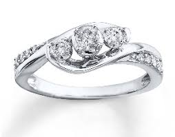 wedding ring costs what does the average wedding ring weigh which diamonds