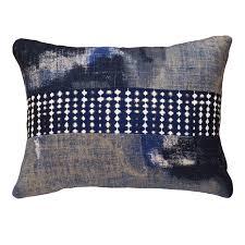 coussin rectangulaire pour canapé coussin orage design bleu coussin rectangulaire et imprimé