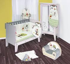 tapis ourson chambre b 21 fantastique portrait chambre bébé winnie l ourson inspiration